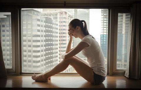 Jak se stát stará o duševně nemocné? Michaela s depresemi: Stav péče je tristní