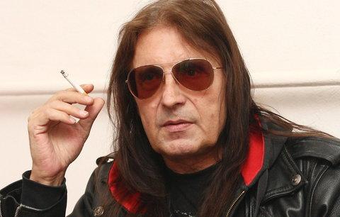 Vážně nemocný rocker Aleš Brichta: Po mrtvičkách prodělal bypass mozku!