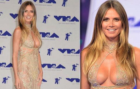 Cenám MTV kralovaly průsvitné látky, Heidi Klum vytasila dokonalá prsa!