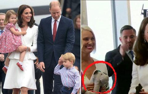 Chvíle, kdy se provalilo, že je Kate potřetí těhotná: Prozradil ji obyčejný plyšák!