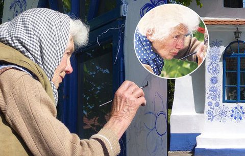 Zemřela Anežka Kašpárková (†90): Babička, která malovala kapličku a proslavila Louku po celém světě, už kreslí v nebi