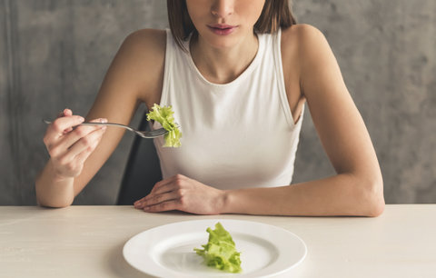 Nejhorší diety světa: Fungují, ale raději je nezkoušejte!