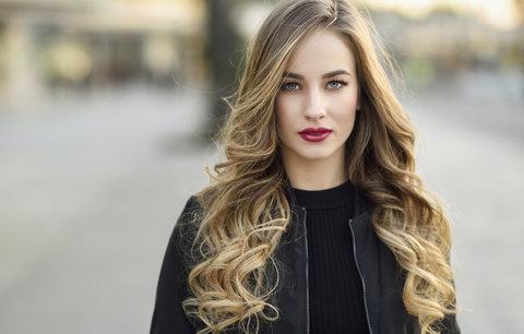 Test šamponů na barvené a suché vlasy: Se kterými barva vydrží nejdéle?