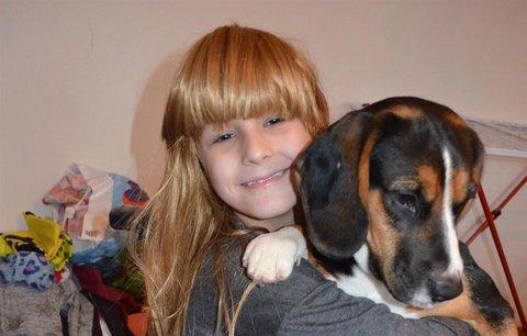 Malá Lenička (10) bojuje rok s rakovinou: Lidé jí poslali přes 75 tisíc pozdravů