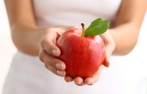 """Jablka jsou """"pětkrát"""" zdravější, než se dosud soudilo"""