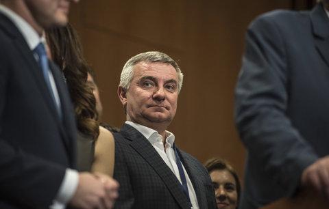 Snažil se Mynář ovlivnit soudy? Opozice chce řešit jednání Hradu, KSČM i SPD nevidí důvod