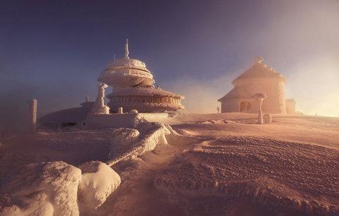 Jako z pohádky! Užijte si zimu pohledem na nejkrásnější zasněžená místa na světě