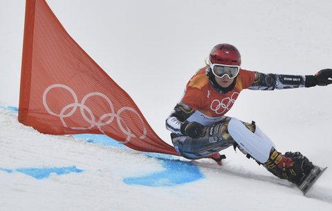Ledecká vymazala v paralelním slalomu soupeřky: Senzační Ester, má zlato i z prkna!