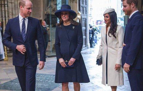 Královská rodina oslavovala: Slušelo to víc Kate, nebo Meghan?