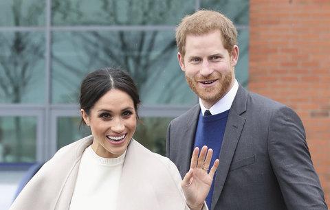 Svatba Harryho a Meghan: Kdo povede nevěstu k oltáři místo otce?