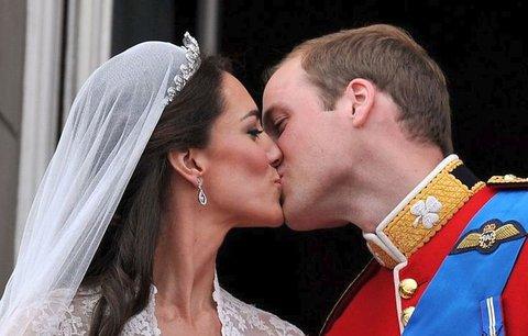 Kate a William dnes slaví 7. výročí svatby. Jak bude vypadat oslava?