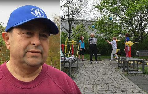 Pražští senioři v pohybu! Aleš (65) se třicet let nehýbal, sport je teď jeho znovunalezenou vášní