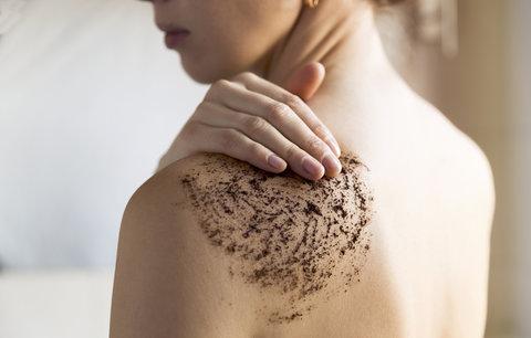 Testování tělových peelingů: Jsou dražší opravdu lepší?