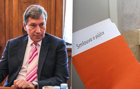 Podomnímu prodeji zvoní hrana. Ministr Hüner začal hon na šmejdy kolem energií
