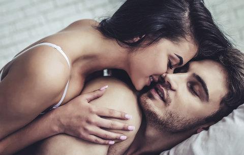 Muži přiznali, co chtějí slyšet během sexu. Tiché myšky mají smůlu!