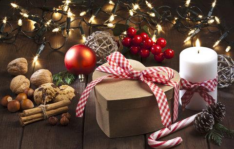 Dárek pro babičku k Vánocům:  Z čeho bude mít opravdovou radost? Inspirujte se v galerii