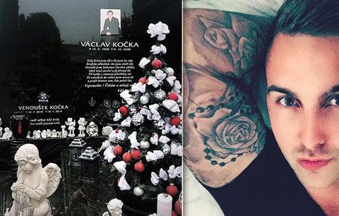 Vánoce plné smutku: Václav Kočka nejmladší navštívil hrob otce a syna