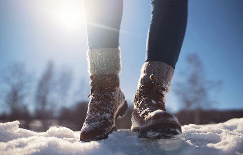Stylové boty na hory: Jaké se hodí do sněhu i do města?