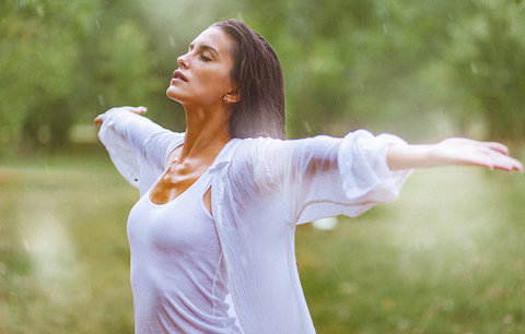 Proč vás bolí počasí? Zjistěte, zda jste meteosenzitivní!