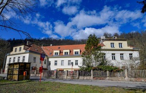 Usedlost Šatovka je u soudu: Místním se nelíbí projekt radnice, první kolo vyhráli