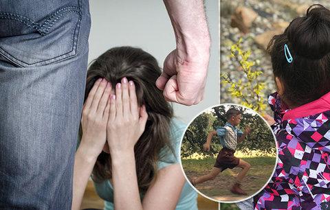 """""""Děti mi říkaly Forreste!"""" Když Evička (9) neběžela dost rychle, počůraná doma klečela hodiny!"""