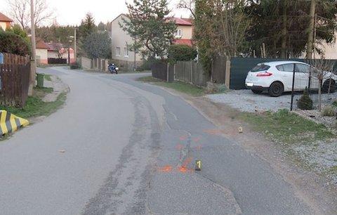 Motorkář srazil u Prahy chlapce a ujel! Policisté už hříšníka našli