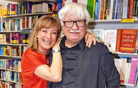 Herečka Sandra Pogodová a její otec: Práskli, co se děje v jejich bizarní rodině!
