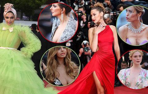 NEJ šatičky na festivalu v Cannes: Němcové uteklo prso! Dekolty, rozparky a rafinovaná vyzývavost