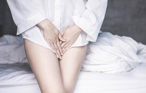 Trpíte na gynekologické záněty? Pozor na parfemované slipové vložky! Co dalšího škodí?