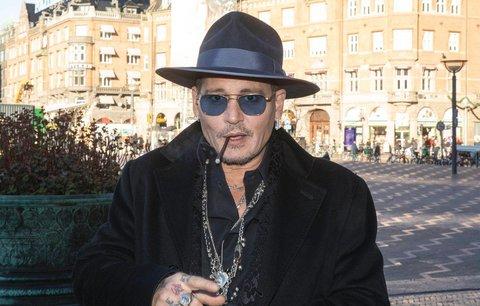 Johnny Depp slaví 56 let: Co všechno o hereckém idolu možná ještě nevíte?