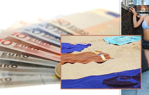 Zabírání místa na pláži ručníkem, procházka v centru v plavkách: V zahraničí za to zaplatíte majlant!