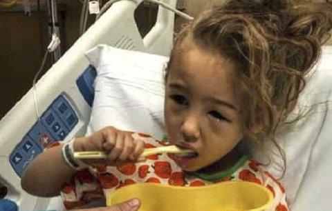 Motokára připravila holčičku o vlasy a poškodila jí lebku. U nehody byli i čtyři dospělí