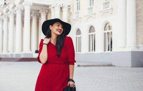 Ty nejkrásnější podzimní šaty i pro plnoštíhlé! 30 úžasných modelů