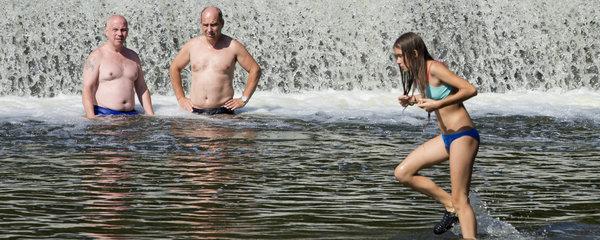Přelom prázdnin nabídne teploty kolem 25 °C. Pršet bude hlavně při bouřkách