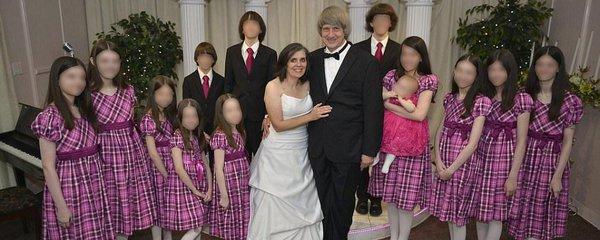 Rodiče zplodili 13 dětí, které týrali a věznili. Jde o fanatické křesťany, kteří prý konali boží vůli