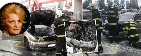 Uvězněná v plamenech! Herečce Regině Rázlové (71) začalo za jízdy hořet auto