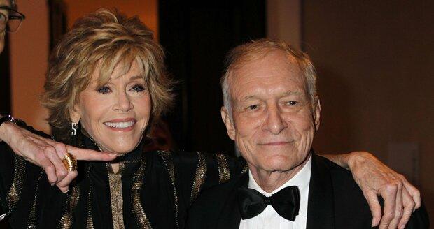 Jane Fonda zapózovala s otcem Playboye Hughem Hefnerem