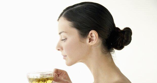 Bylinky pomohou zahnat různé neduhy, včetně menstruačních bolestí a depresí