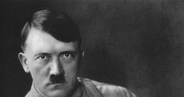 Leží tělo nacistického vůdce Adolfa Hitlera hluboko pod ledem Antarktidy?
