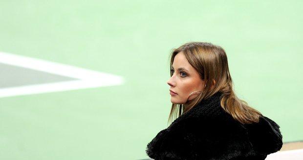 Ester Sátorová - přítelkyně Tomáše Berdycha - rozhodně umí zaujmout nejen fanděním