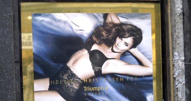 Helena Christensen nafotila kampaň pro značku spodního prádla Triumph