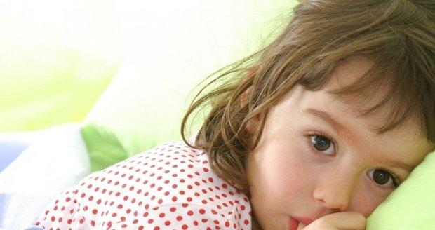 Opakované horečky mohou být příznakem syndromu, který se označuje jako PFAPA. Mohou se bez vysvětlení objevovat každých pár týdnů.