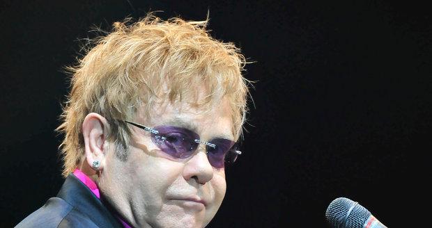 Elton John je všestranný umělec, což o Madonně nemůže tvrdit.