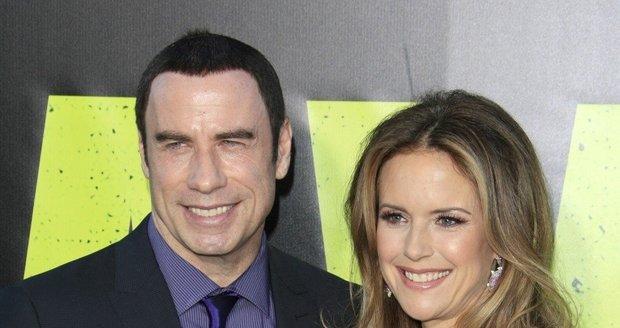 John Travolta a Kelly Preston byli celý večer usměvaví.