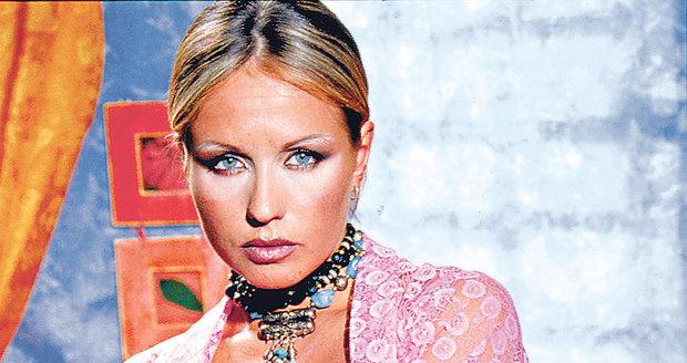 Tereza Pergnerová nafotila erotické snímky roku 2002 pro časopis Leo