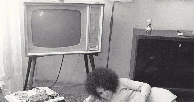 Jitka Zelenková nenosila v mládí trvalou jako ostatní, ale rošťácké afro