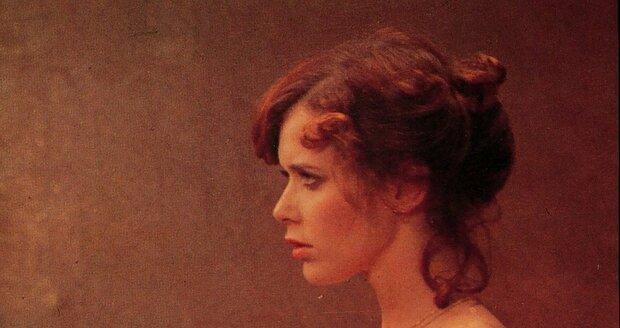 Sylvia jako Emmanuelle, postava, která vzrušovala tisícovky mužů