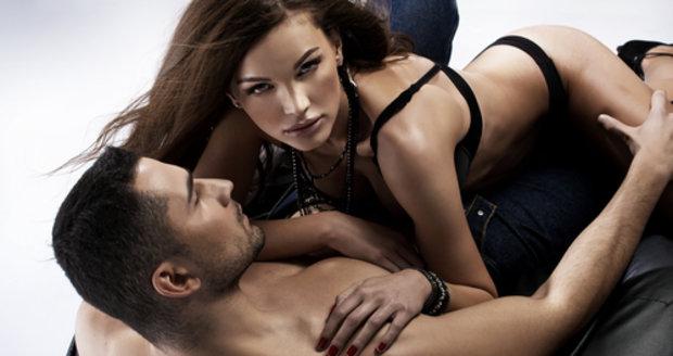 ženský orgazmus v porno
