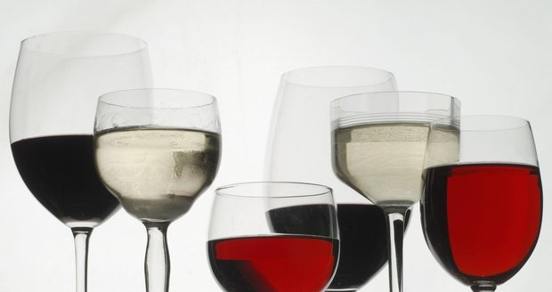 Chuť vína podtrhne správně vybraná sklenice