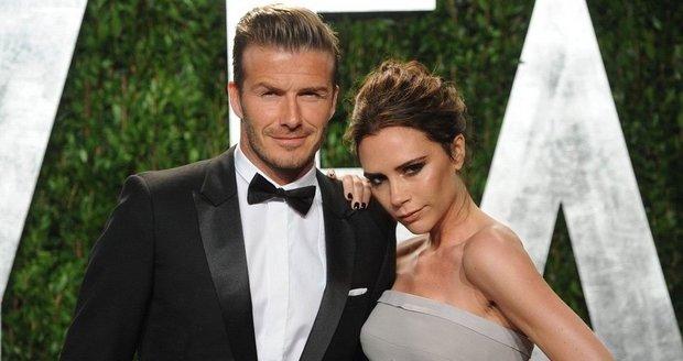 Dokonalá kombinace?  David Beckham měří 185 cm, Victoria 163 cm.